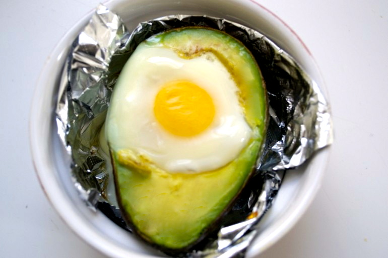 Baked Egg Avocado